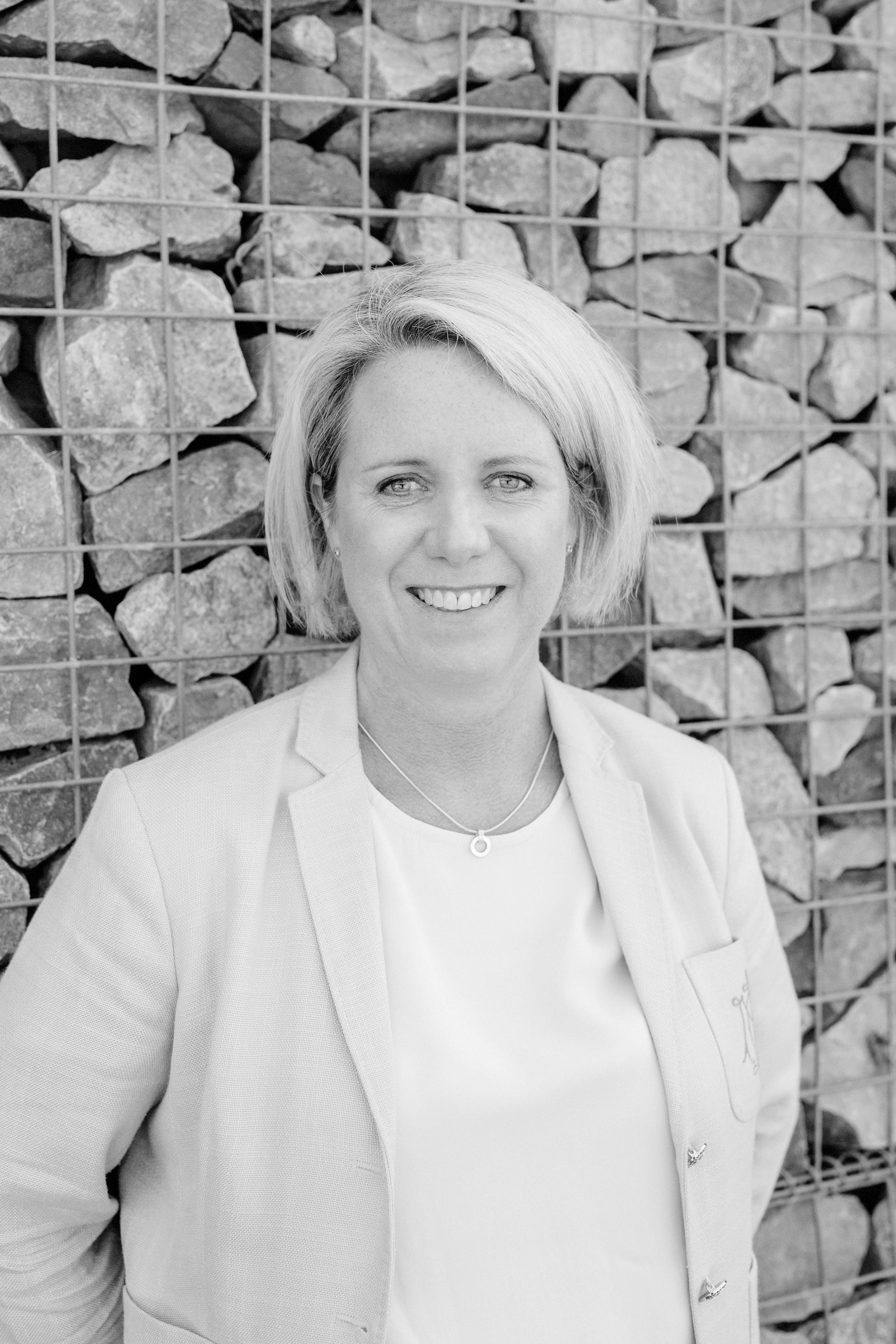 Pauline Svartvitt (3)
